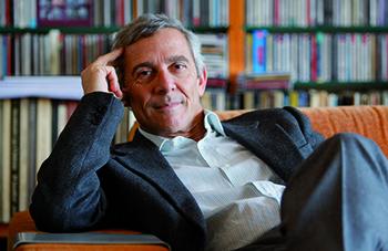 """Justo Romero, autor de """"El piano. 52 + 36""""."""