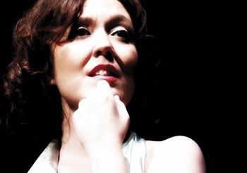 """Laia Falcón, autora de """"La ópera. Voz, emoción y personaje""""."""