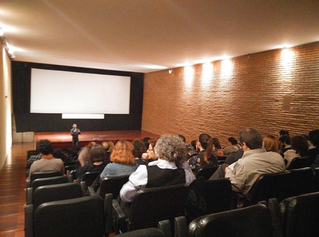Una de las sesiones del Cineclube do Porto.