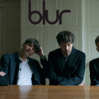 Official-Press-Shot--Blur--photocredit-Linda-Brownlee_MG_9909_Final
