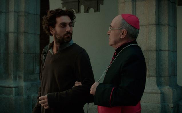 El-apóstata-lvú-cabeceraTamayo-y-Obispo-Jorge-1-copia